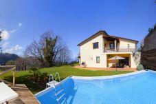 pool, garden and villa gradoni, vacation villa sorrento, italy