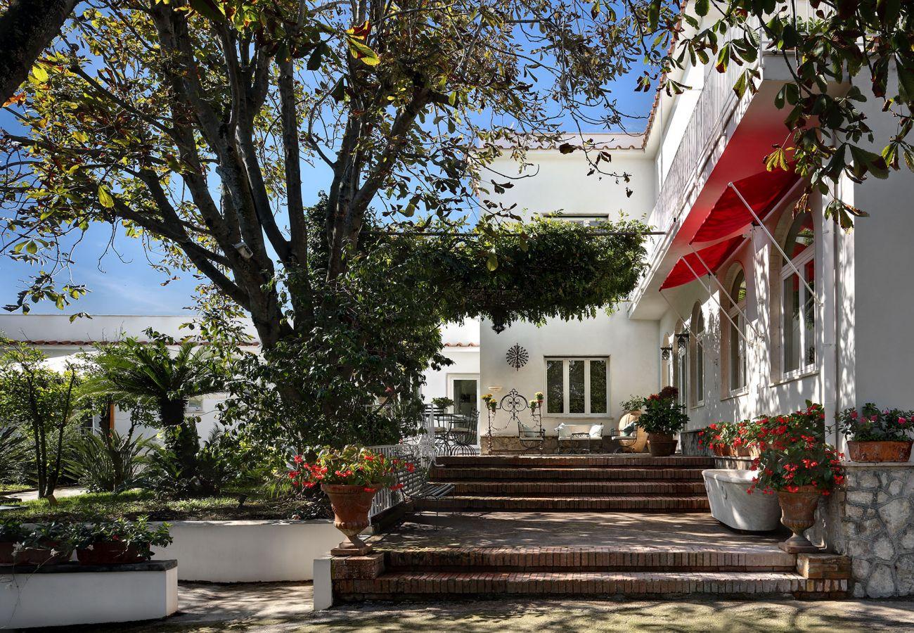 vacation villa la casa bianca near sorrento, italy, with wide garden access