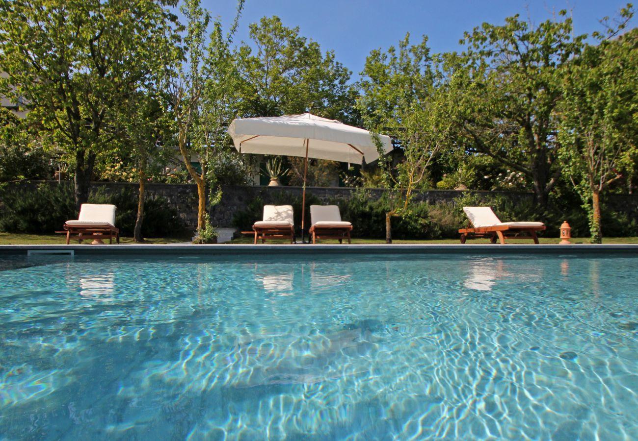 wide pool and solarium, villa la casa bianca, massa lubrense, italy