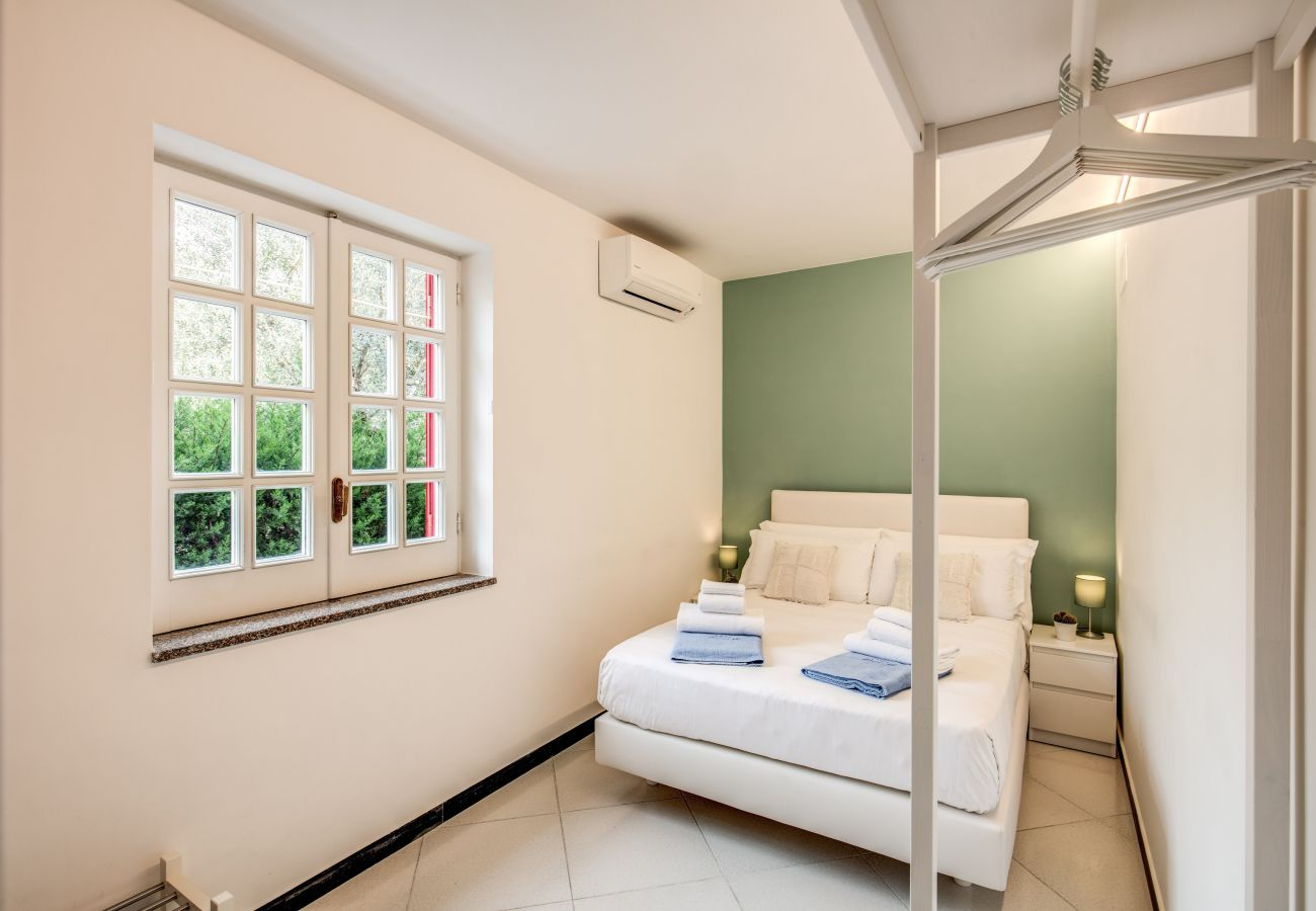 double bedroom with window, mamma mia holiday rental