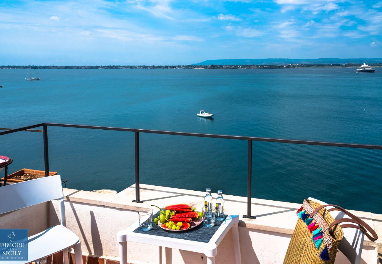 Apartment in Syracuse - Alfeo Belvue, Romantic terrace sea view
