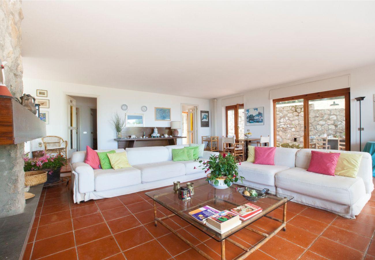 wide bright living room, holiday villa sterlizia, massa lubrense, italy
