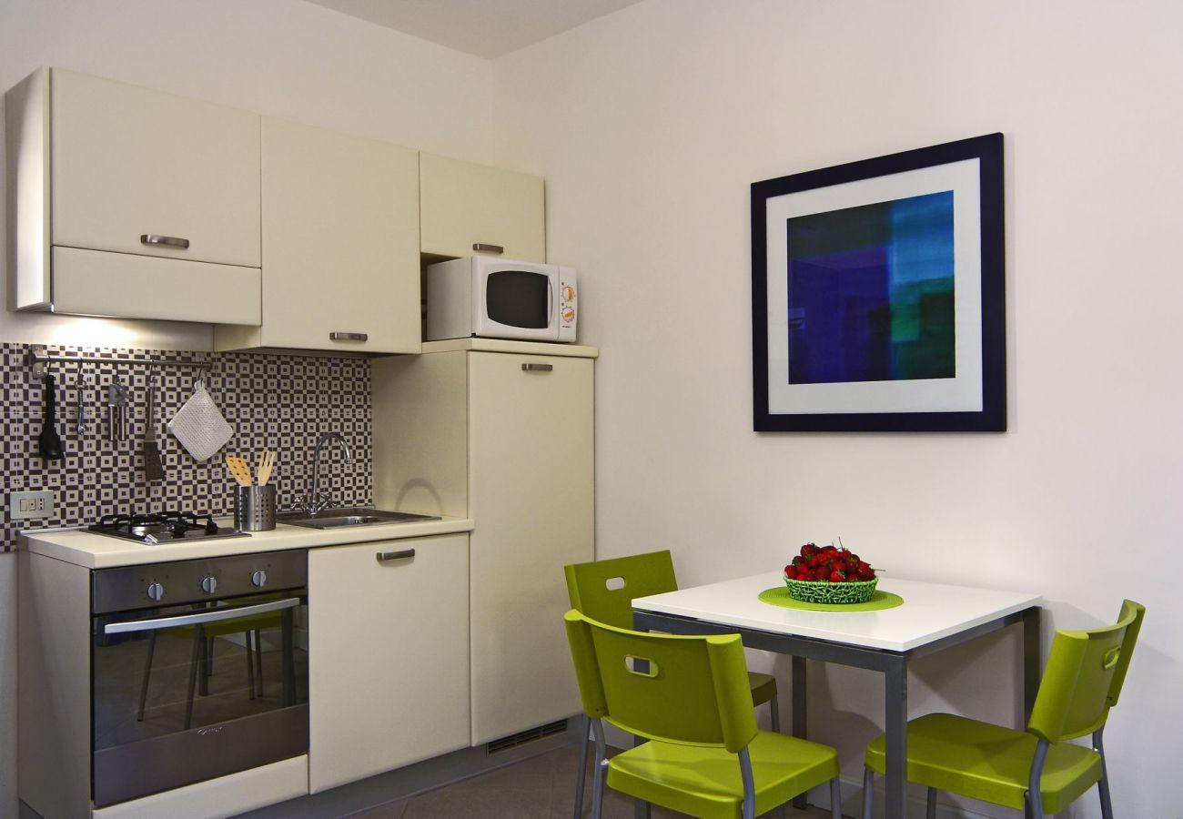 kitchen, holiday apartment rigoletto, sant'agata sui due golfi, italy