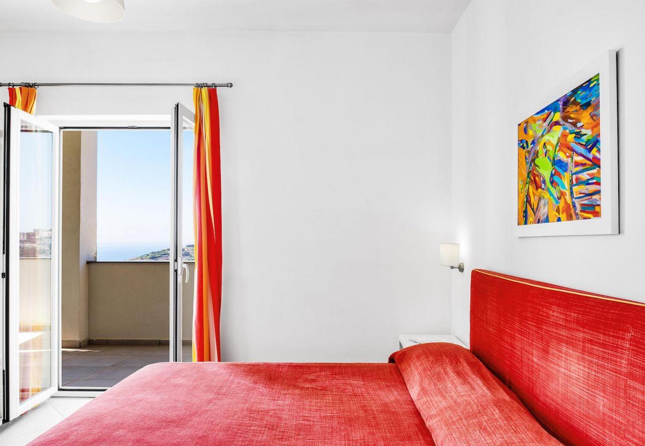 2nd double bedroom, with panoramic balcony, figaro apt