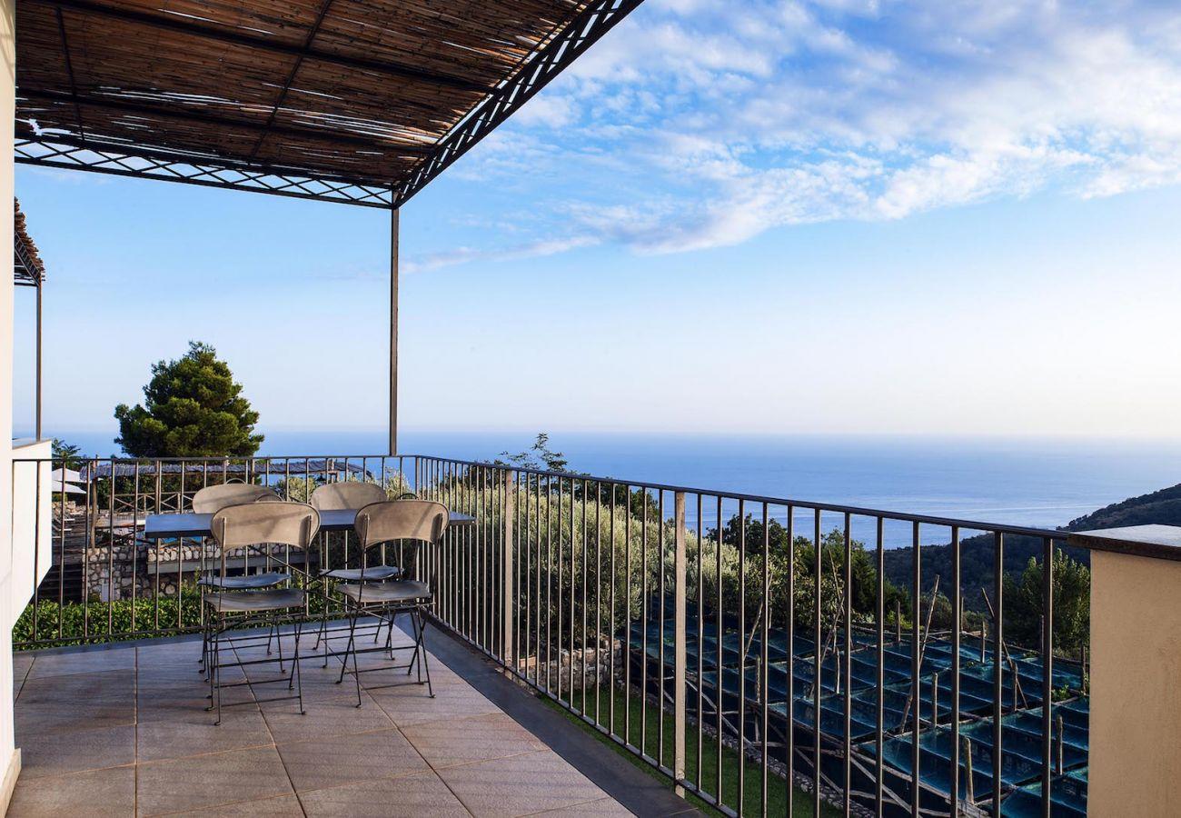 panoramic sea views balcony st agata sui due golfi holiday apt carmen