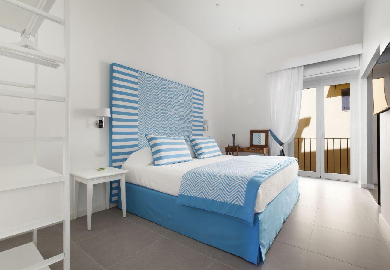Apartment in Sorrento - Blue Suite Sorrento Tasso square