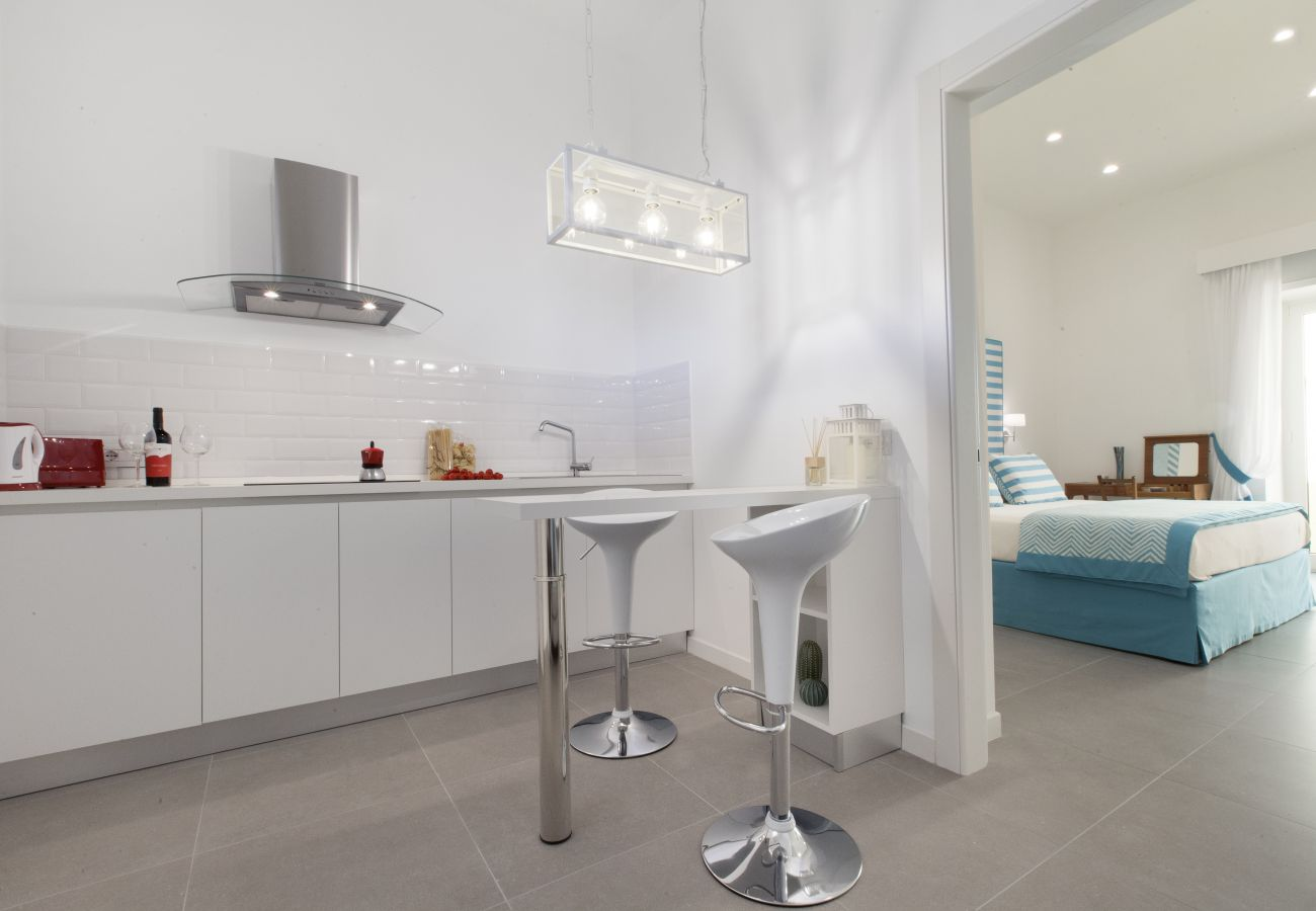 modern white kitchen, holiday home blue suite, sorrento, italy