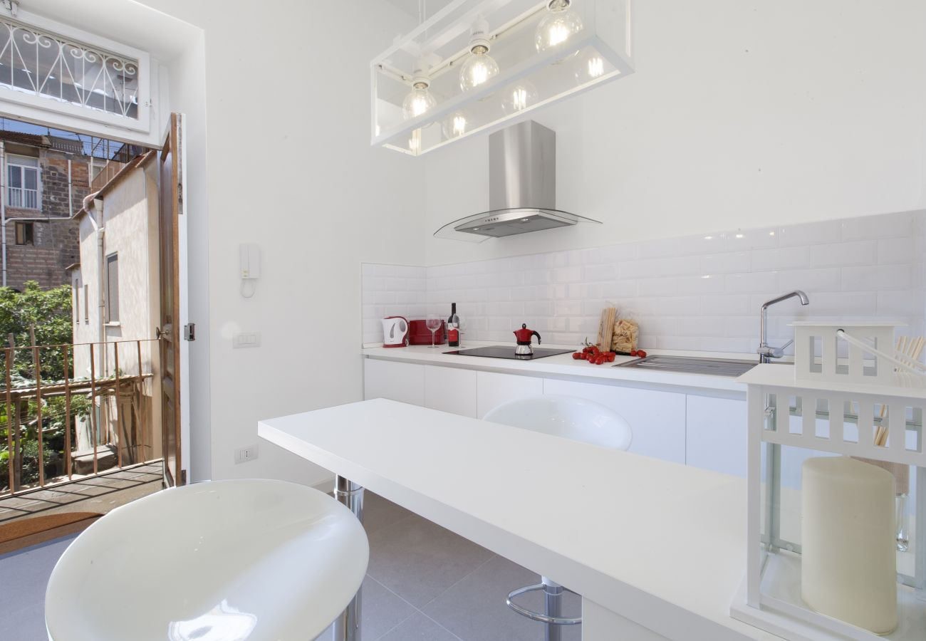 modern kitchen with balcony, holiday apartment blue suite, sorrento, italy