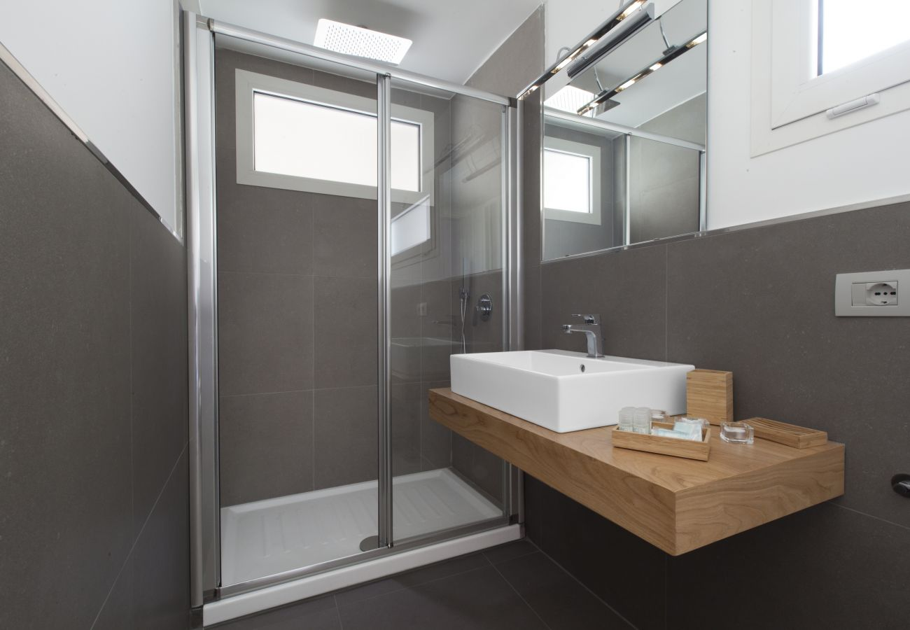 modern bathroom with shower cabin, holiday apartment green suite, sorrento, italy