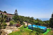 panoramic view overlooking pool, garden and sea view, villa le birbe