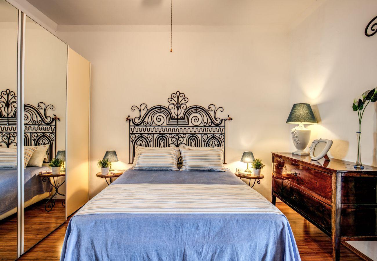 double bedroom of villa the retreat of the senses, massa lubrense, italy