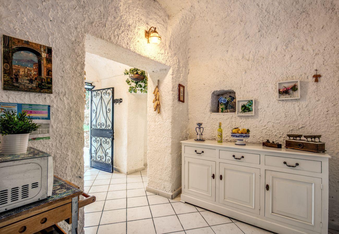 photo rustic rooms villa in massa lubrense, on the amalfi coast