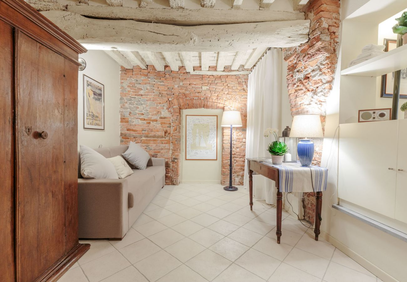 Apartment in Lucca - The 1400's Apartment