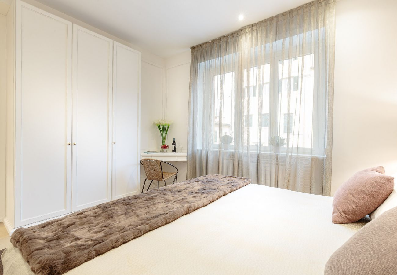 Apartment in Lucca - The Palace View Penthouse