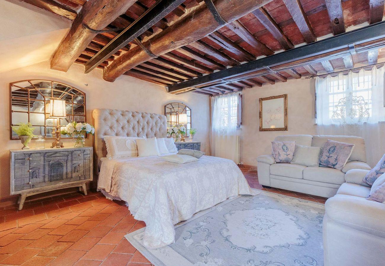 Villa in Maggiano - Villa Medea