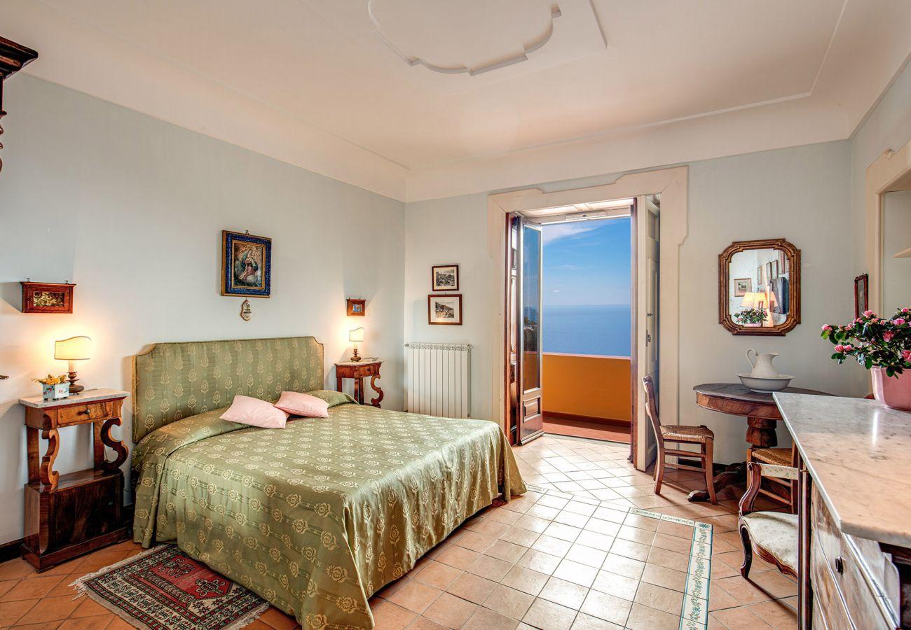 classic double bedroom with sea view balcony, casa marina positano